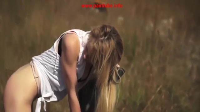 blonde lesbian licking pussy